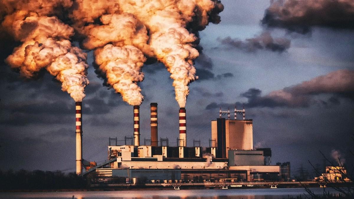 Qual è l'industria che inquina di più? È proprio quella che dovrebbe curarci