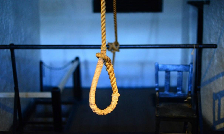 suicida a 29 anni