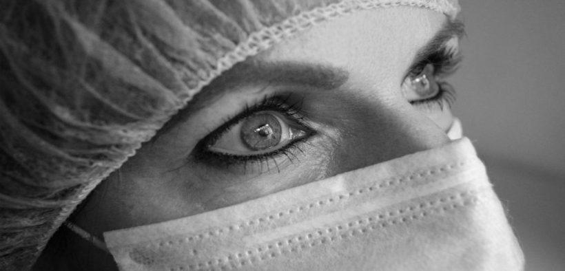 giovane infermiera